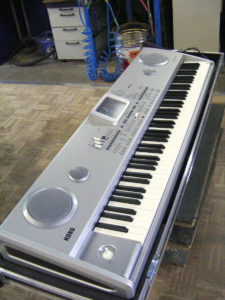 Koffer+Haube Standard-E1 mit Eckrollen-01