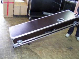 Koffer+Haube Standard-E1 mit Eckrollen-05