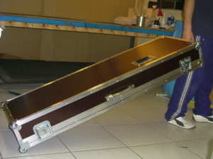 Koffer+Haube Standard-E1 mit Eckrollen-08